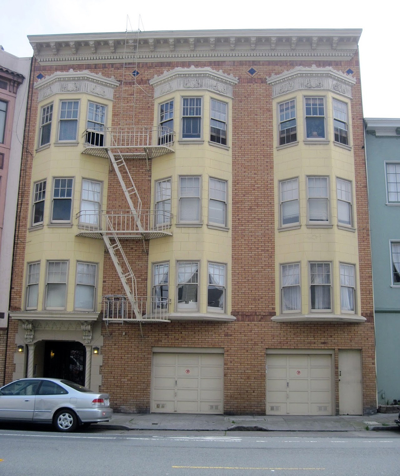 1827 Golden Gate Avenue, San Francsico -- site of the SLA hideout