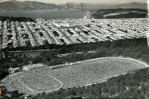 1961 Family Rosary drew 500,000 Catholics to the Polo Fields in San Francisco on October 7, 1961