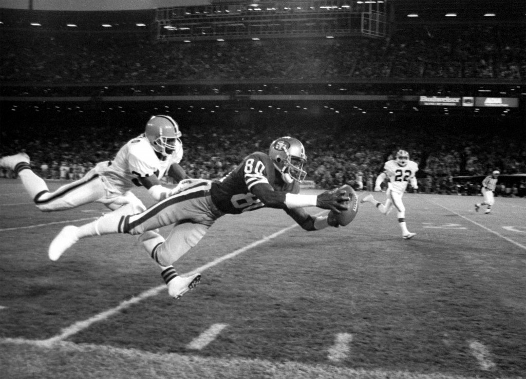 Jerry Rice Catch vs Cleveland Browns Nov 29 1987 (c) Bill Fox